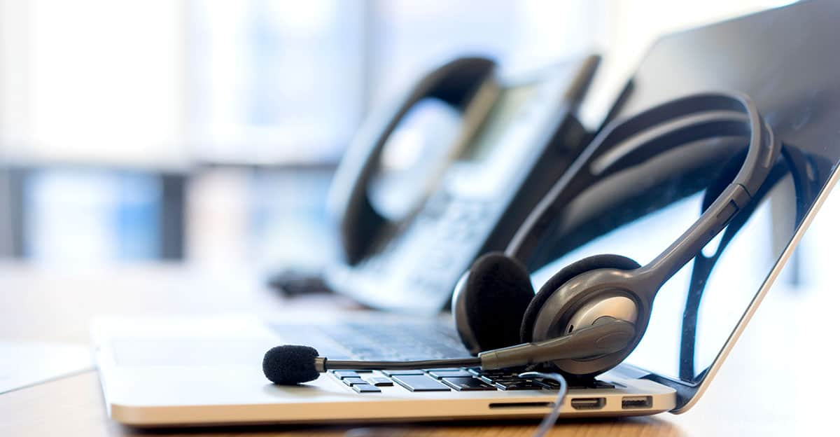 9 Must Have Features of Phone Systems for Small Business